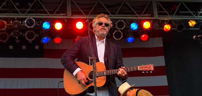 Robert Earl Keen's 4th on the River